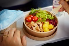 Lufthansa-Bordessen auf Kurzstrecke: So kommt es bei den Gästen an
